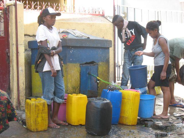 Bornes eau potable PAYANTE en octobre 2017
