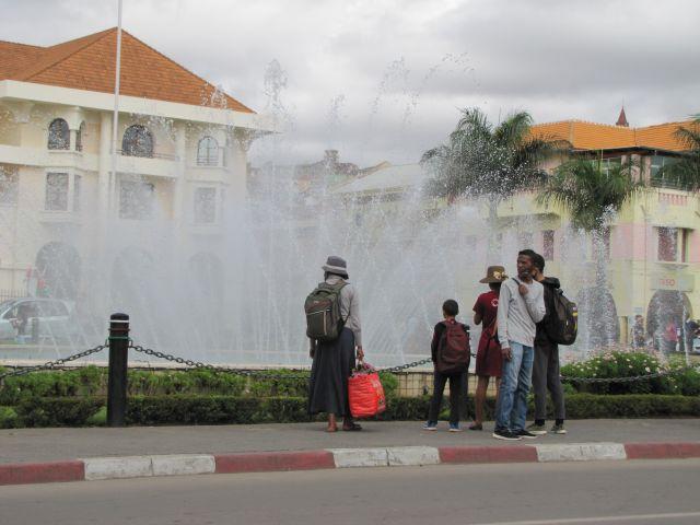 HOTEL DE VILLE TANA_04