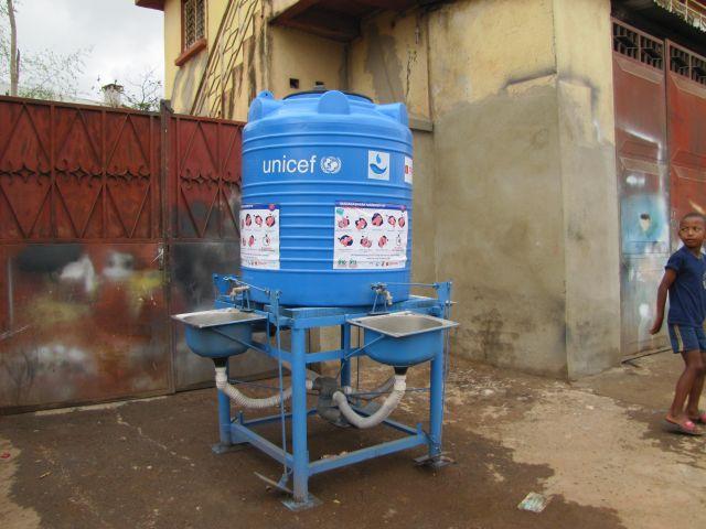 cIterne lave mains UNICEF-2