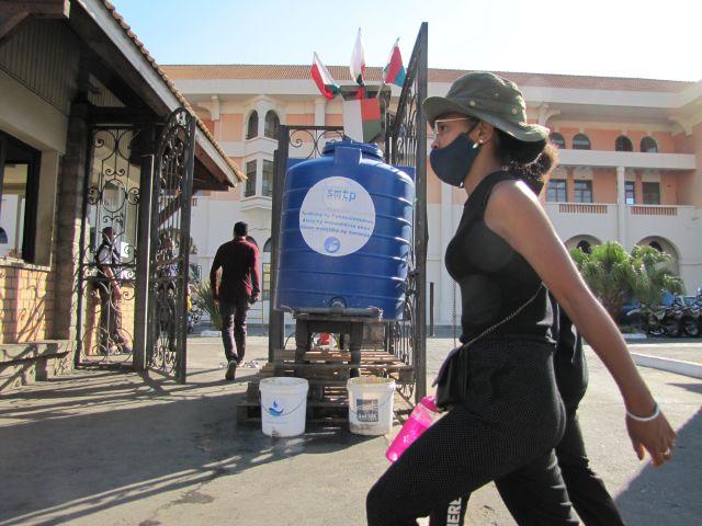CITERNE-eau-antananarivo-hotel-de-ville